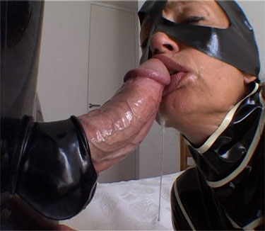 [LatexAngel] Sloppy Facefuck