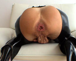 Audrey hollander a baseball bat and a cock at once in ass - 1 part 2
